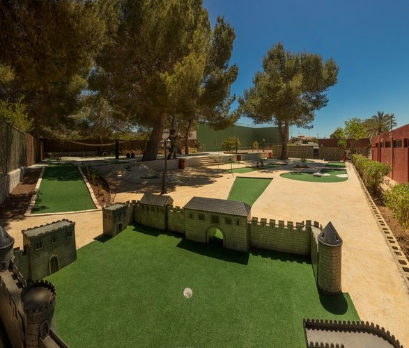 Mini-golf at club 'la marina' magic robin hood holiday park alfaz del pi