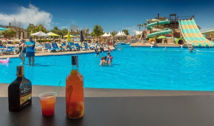 'little john's' pool bar magic robin hood holiday park alfaz del pi