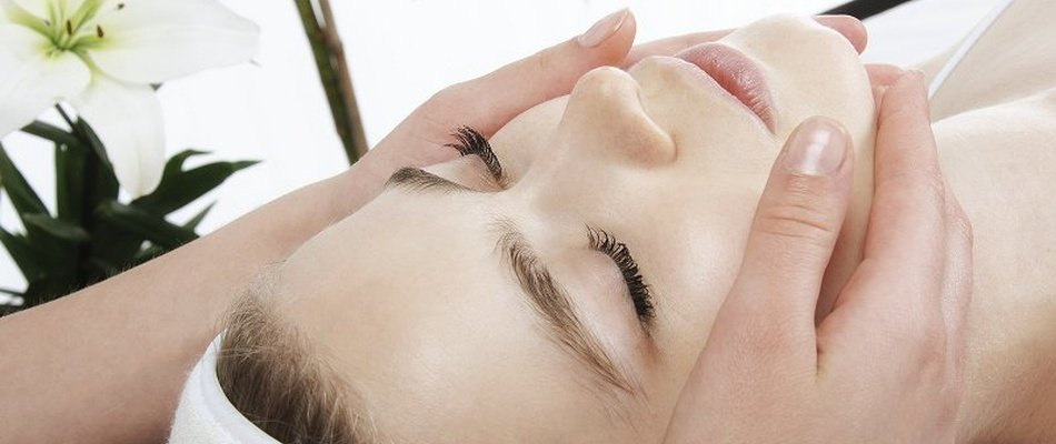 Facial Treatments Magic Robin Hood Holiday Park Alfaz del Pi