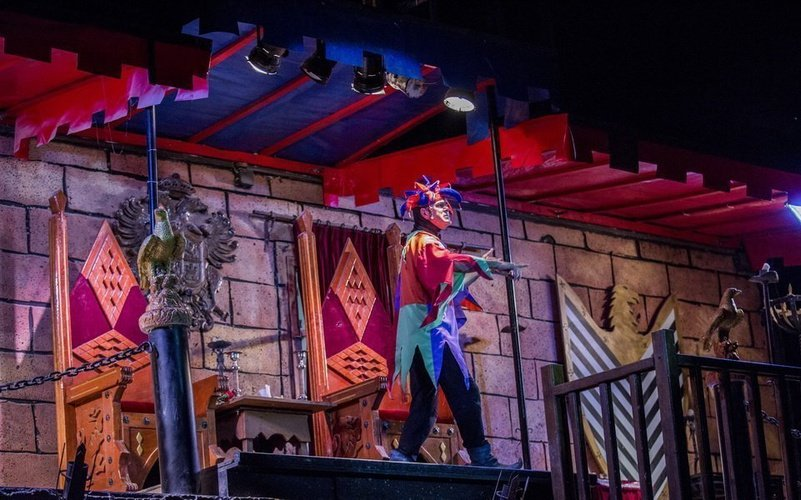 Dinner-show 'medieval challenge' magic robin hood holiday park alfaz del pi